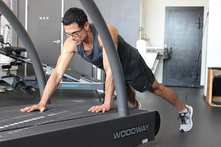 Treadmill_Plank_Walks1[1]